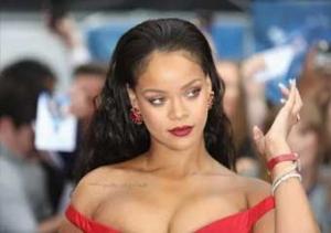Rihanna makyajı nasıl yapılır